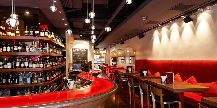 Interior of DiVino Wine Bar & Restaurant serving Italian cuisine at Central, Hong Kong