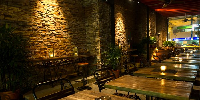 Outdoor Seating in Bar-Roque Grill in Tanjong Pagar, Singapore