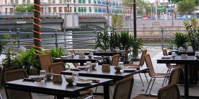 Exterior of JUMBO Seafood (The Riverwalk) in Clarke Quay, Singapore