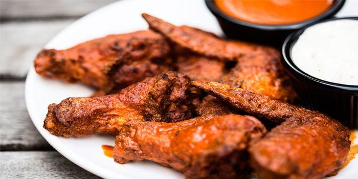 Buffalo Wings from Smokey