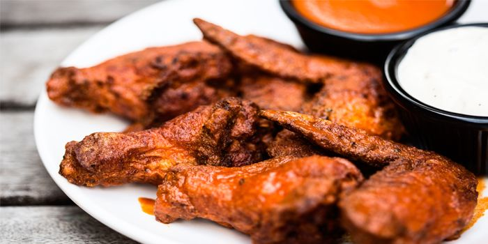 Buffalo Wings from Smokey