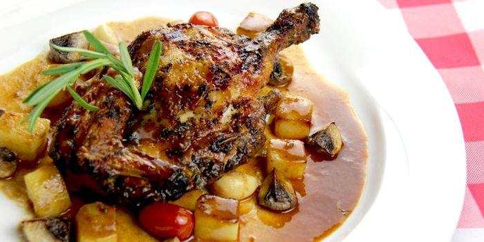 Roast Chicken, mushrooms, potatoes, de Belgie, Elgin, Soho, Hong Kong
