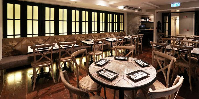 Cafe Siam interior 2, Central, Hong Kong