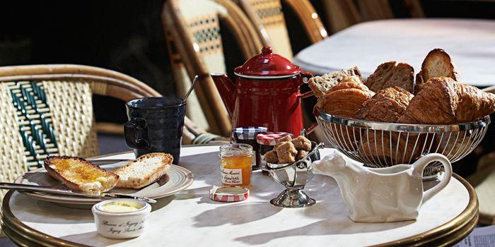 Breakfast Setting at Cafe & Bar Gavroche on Tras Street in Tanjong Pagar, Singapore