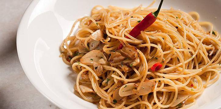 Spaghetti, Piccolo Pizzeria, Kennedy Town, Hong Kong