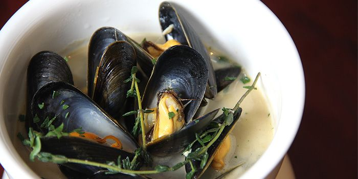 "Spicy Clams Cooked in ""Manzanilla"", Timon Seafood, Wan Chai, Hong Kong"