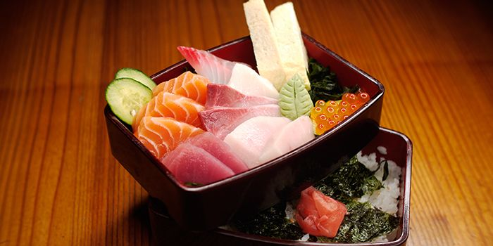 Sashimi Set from Mitsuba Japanese Restaurant in Clarke Quay, Singapore