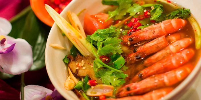 Tom Yum Prawns from Rattana Thai Restaurant in Tanjong Pagar, Singapore