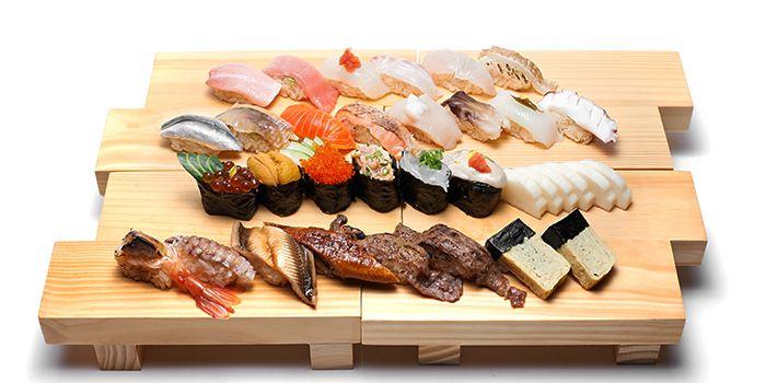 Sushi Platter from Hana Restaurant in Orchard, Singapore