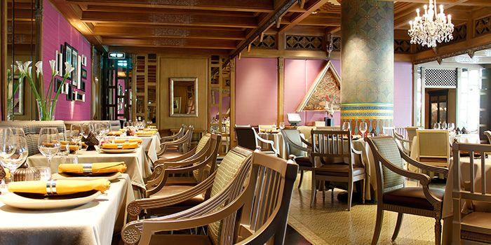 Interior of Benjarong Restaurant in Dusit Thani Bangkok in Silom, Bangkok