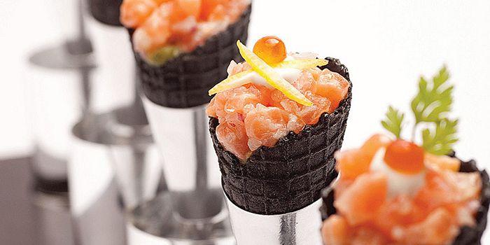Salmon Squid Ink Cone from Shintaro at Anantara Siam in Ratchadamri, Bangkok