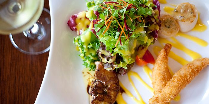 Signature Gourmand Salad from Hamilton