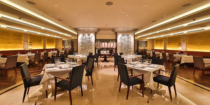 Interior of Tandoor in Holiday Inn Singapore Orchard City Centre in Orchard, Singapore