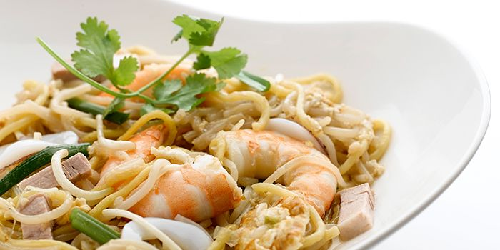 King Prawn Fried Hokkien Noodles from Chatterbox at Mandarin Orchard Singapore in Orchard, Singapore