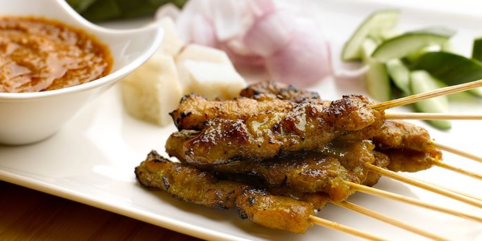 Satay from Chatterbox at Mandarin Orchard Singapore in Orchard, Singapore