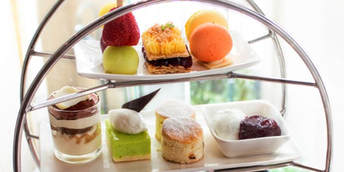 Afternoon Tea from Sheraton Grande Hotel, on Sukhumvit Road