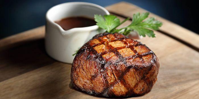MICHELIN guide Hong Kong Macau 2019 Grand Hyatt Steakhouse