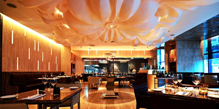Interior of La Tavola & Wine Bar at Renaissance Bangkok Ratchaprasong Hotel in Ploenchit, Bangkok