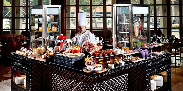 Magnifique Sunday Champagne Brunch from Kwee Zeen in Sentosa, Singapore