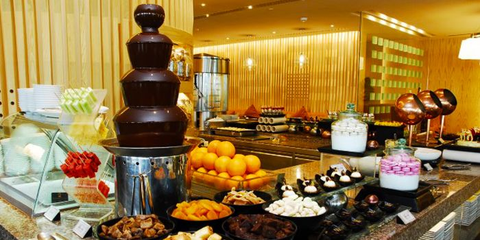 Dessert from Next 2 Cafe at Shangri-La Hotel, Bangkok