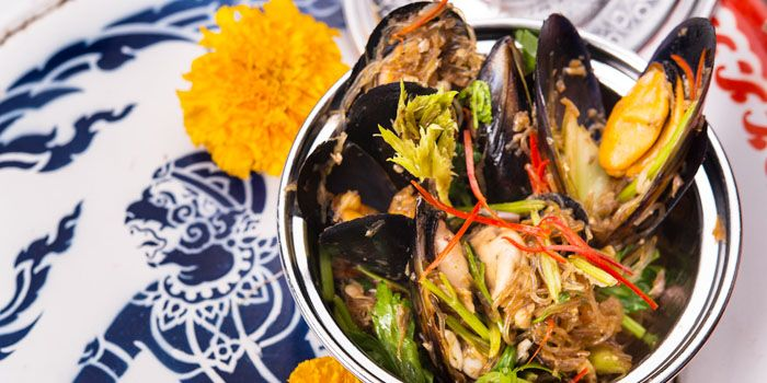 Mussels from Err Urban Rustic Thai, Tatian