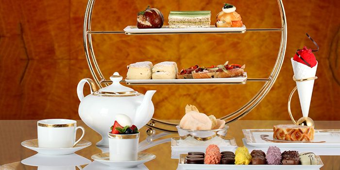 Afternoon Tea Set 2 from Chihuly Lounge in The Ritz-Carlton, Millenia Singapore in City Hall, Singapore