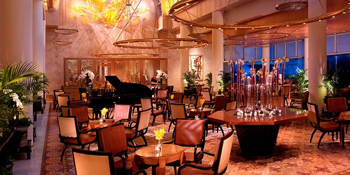 Interior of Chihuly Lounge in The Ritz-Carlton, Millenia Singapore in City Hall, Singapore