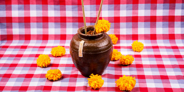 Thai Jar Drink from Err URban Rustic Thai, Tatian