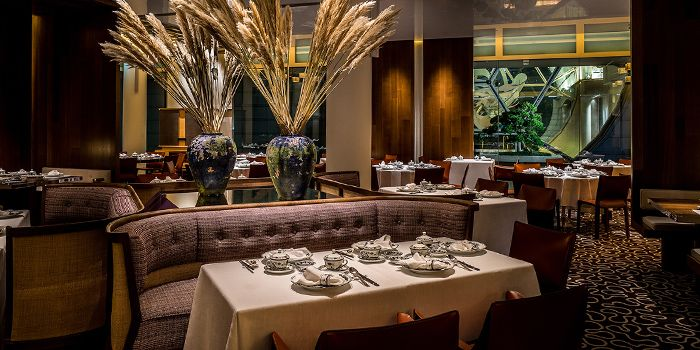 Main Dining Room in Summer Pavilion in The Ritz-Carlton, Millenia Singapore in City Hall, Singapore