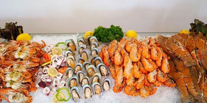 Seafood from TASTE Restaurant at Hotel ibis Bangkok Riverside on Charoen Nakorn Soi 17, Bangkok