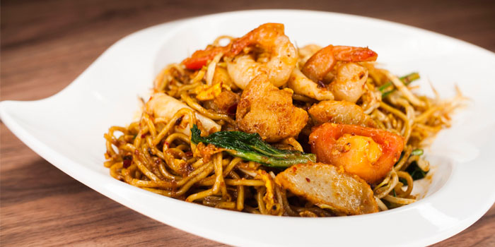 Fried Noodles from Legacy Seafood in Jurong East, Singapore