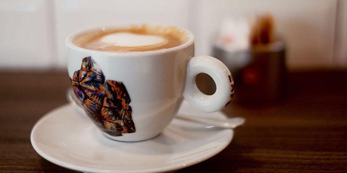 Coffee from Cibo Italiano in River Valley, Singapore