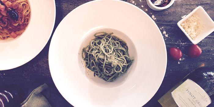 Spaghetti with Pesto Sauce, Sole Mio, Central, Hong Kong