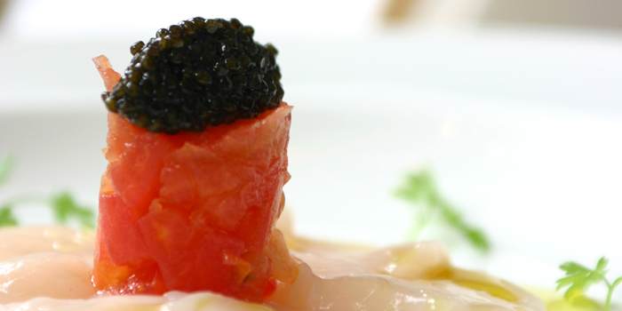 Raw Scallops Tomato Tartar and Caviar from Gianni Ristorante in Ploenchit, Bangkok