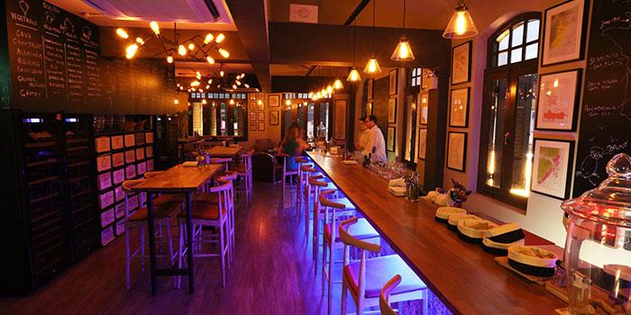 Interior of 13% Wine Bistro @ Aliwal in Bugis, Singapore