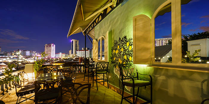 Outdoor Dining Area of Aria Roofbar at The Scarlet Hotel on Ann Siang Hill in Tanjong Pagar, Singapore