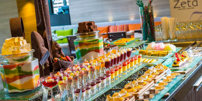 Dessert Station from Zeta Cafe at Holiday Inn Sukhumvit, Bangkok