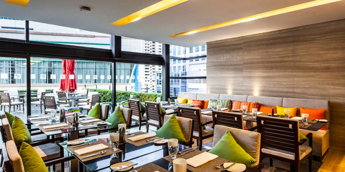 Dining Tables from Zeta Cafe at Holiday Inn Sukhumvit, Bangkok