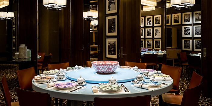 Private Dining Room in Summer Pavilion in The Ritz-Carlton, Millenia Singapore in City Hall, Singapore