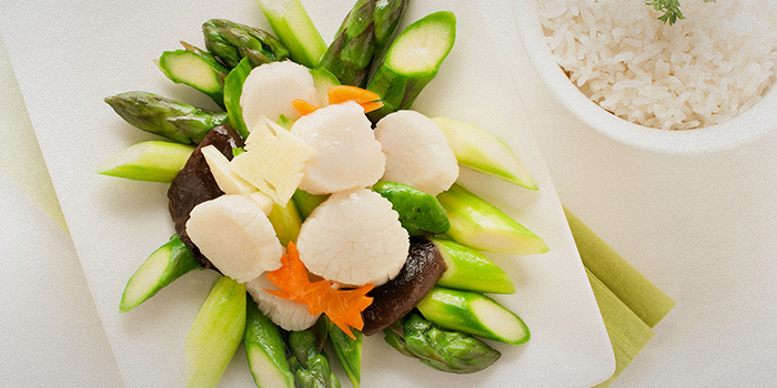 Stir Fried Asparagus with Scallops & Mushrooms from TAO Seafood Asia in Asia Square in Raffles Place, Singapore