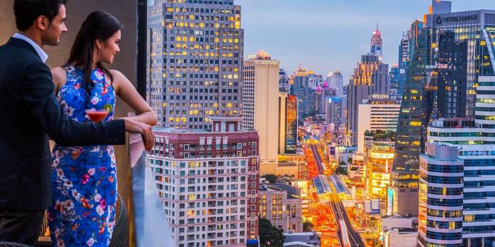 View of Maya Restaurant & Bar at Holiday Inn Sukhumvit, Bangkok