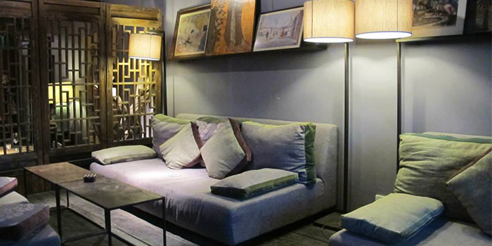 Sofa of L