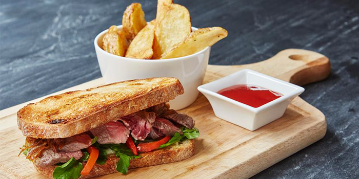 Steak Sandwich from Queens Head in Kemang, Jakarta