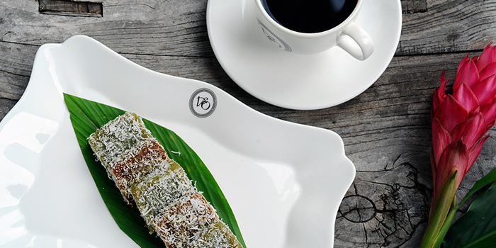 Kopi Vo & Kueh Ko Sui from National Kitchen by Violet Oon in City Hall, Singapore
