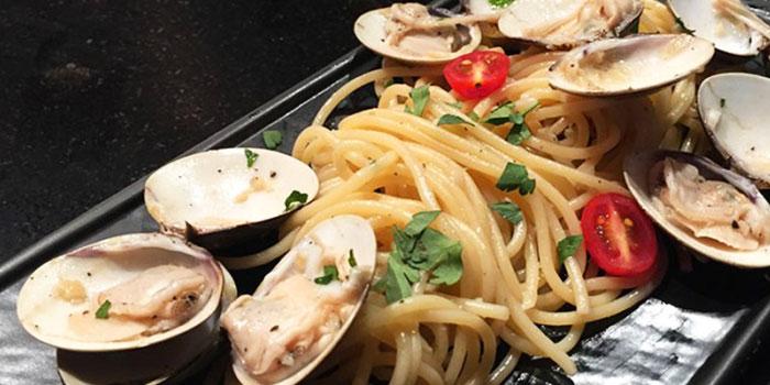 Pasta con le Vongole from PocoLoco in Ang Mo Kio, Singapore