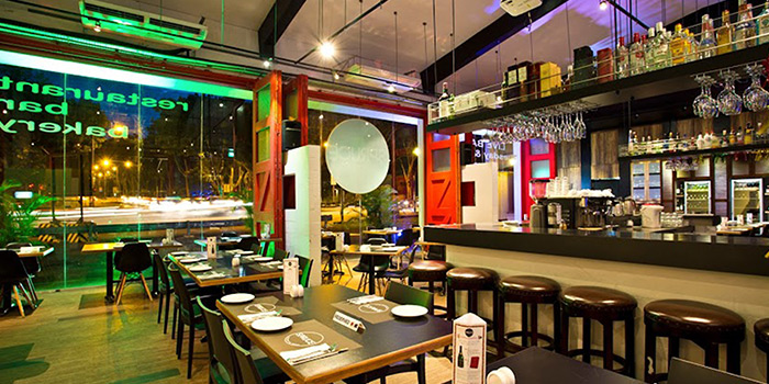 Indoor Dining of Spruce serving American cuisine at Upper Bukit Timah in Singapore