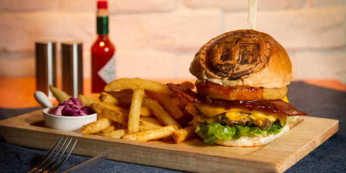 Texas BBQ Burger, Texas Burger, Tin Hau, Hong Kong