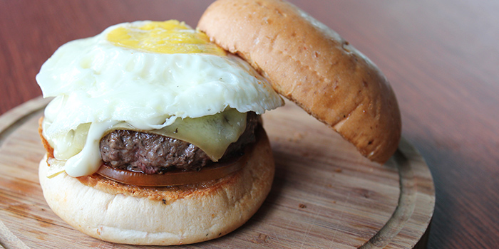 Prime Beef Burger w/ Egg from Two Blur Guys in Tanjong Pagar, Singapore