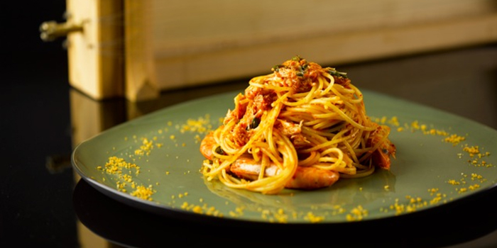 Spaghetti with Spicy Prawns and Crab from Buko Nero in Tanjong Pagar, Singapore