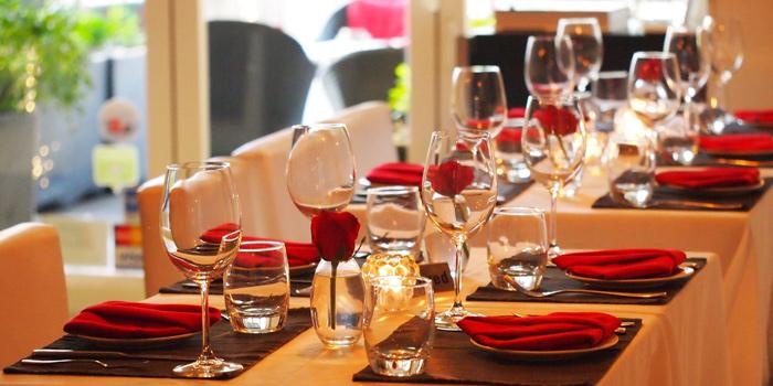 Dining Area of Chez Raymond de Paris, Sai Kung, Hong Kong